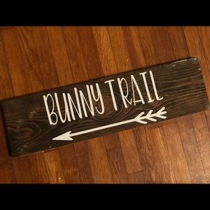 BUNNY TRAIL sign